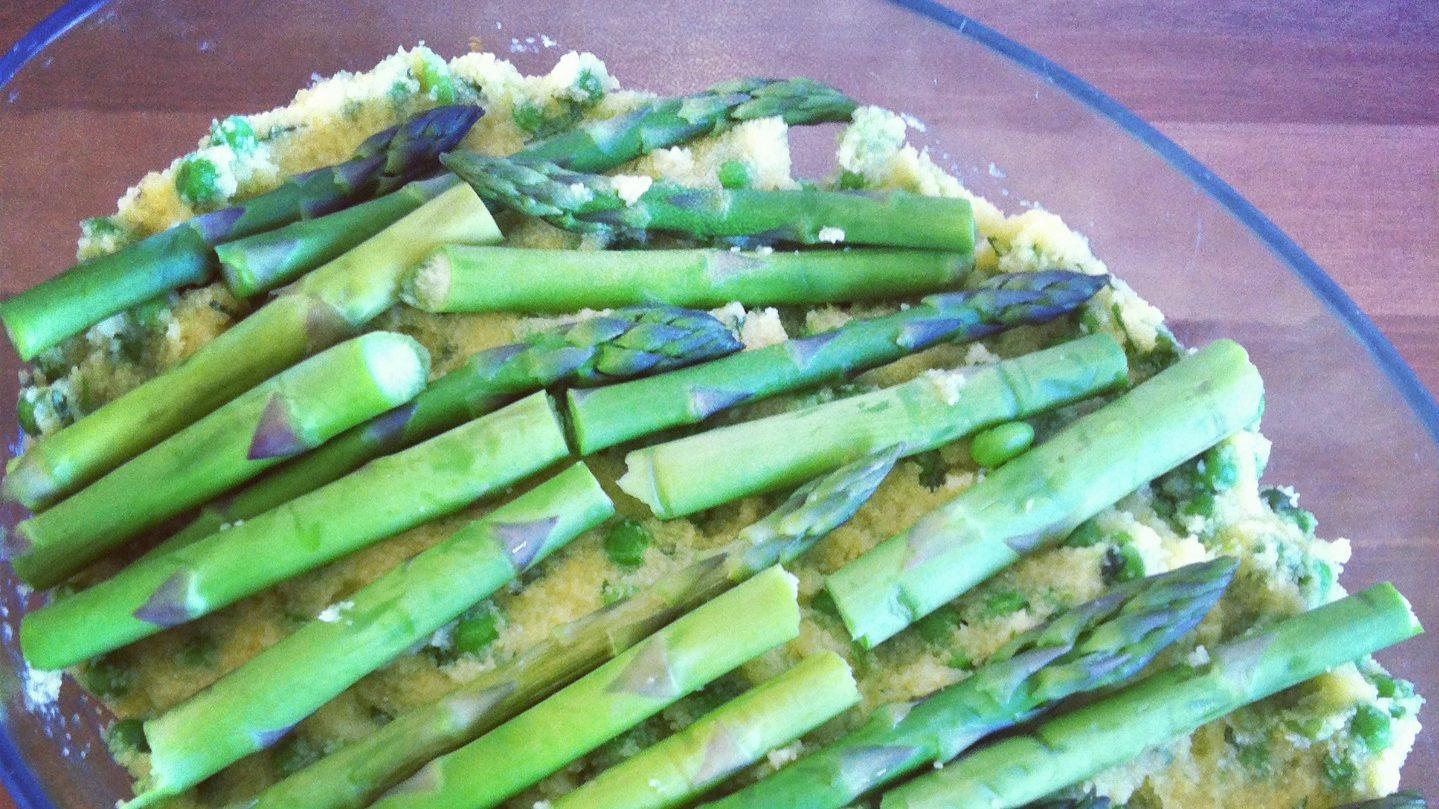 Polenta med ærter og asparges