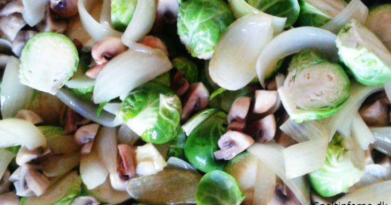 Rosenkål med løg og champignon
